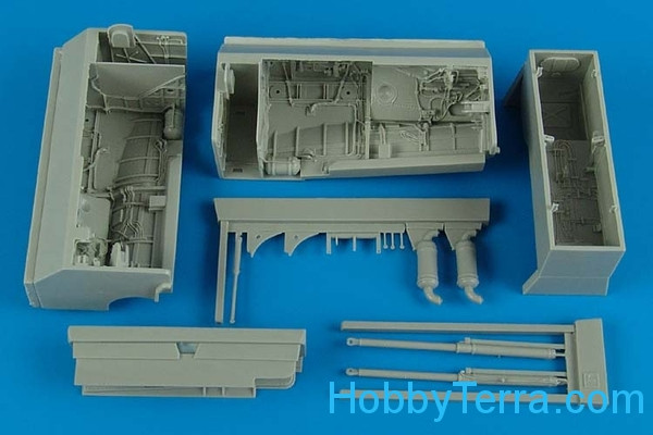 1/48 Su-24M Fencer wheel bay, for Trumpeter kit