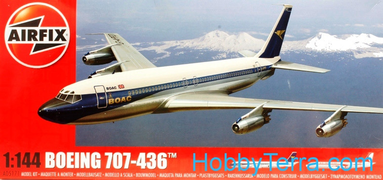 Boeing 707-436 airliner