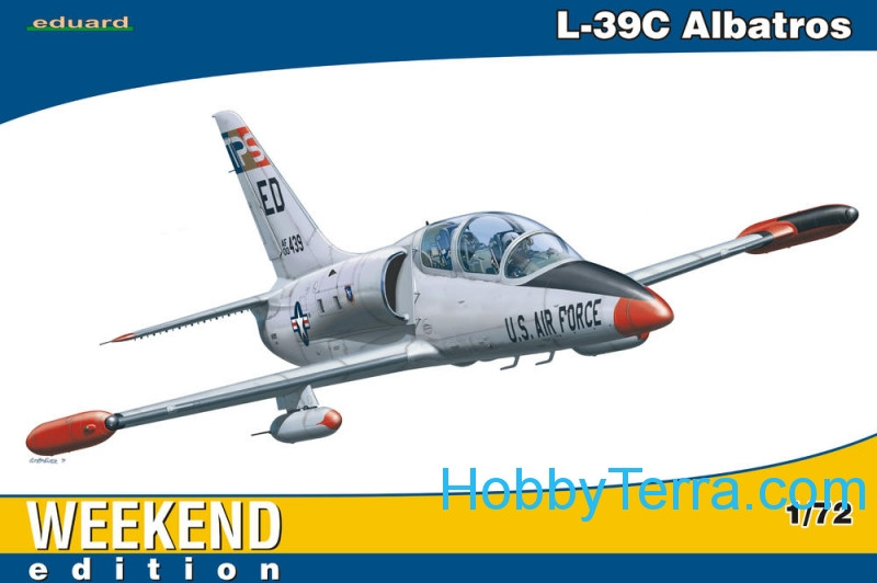 Aero L-39C Albatros, Weekend edition