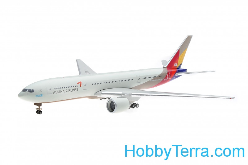 Asiana Airlines Boeing 777-200
