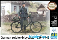 German soldier-bicyclist, 1939-1942