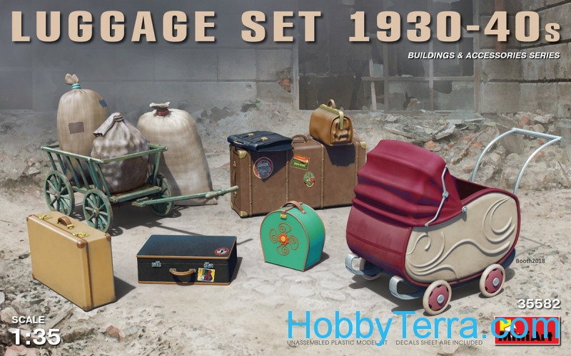 Miniart  35582 Luggage set, 1930-40s