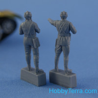"Northstar Models  F-72007 Set of two figures ""Soviet tank or armored car crew 1939-1942"""