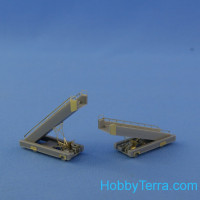 SPT-114 self-propelled ladder 2 in 1, 2 resin kits & PE parts
