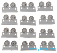 Wheels set 1/72 for KV, cast reinforced, January 1942, with round hub, type 1