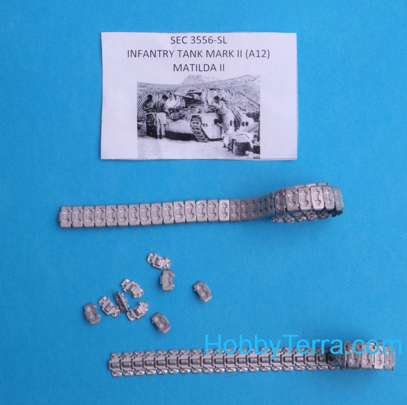 "Sector35  3556 Assembled metal tracks for ""Matilda II"" British infantry tank"