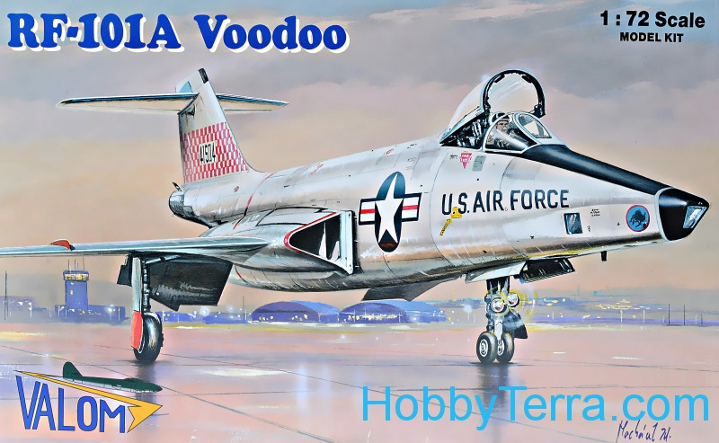 RF-101A Voodoo fighter